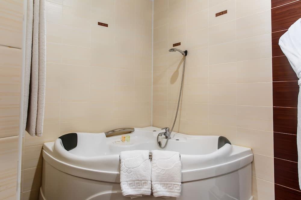 Люкс, 1 спальня - Ванная комната