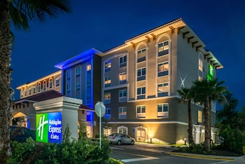 Picture of Holiday Inn Express & Suites St. Petersburg - Seminole Area in St. Petersburg