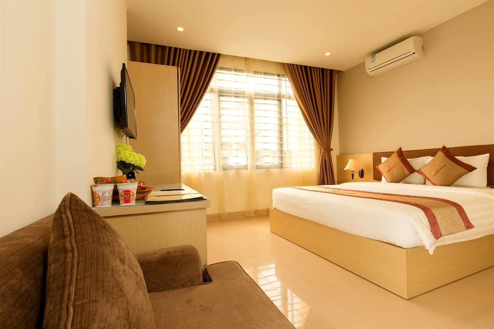Times Deluxe - Guest Room