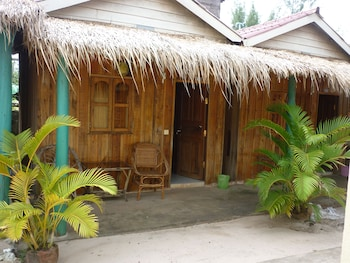 Picture of Mien Mien Otres Bungalows in Sihanoukville