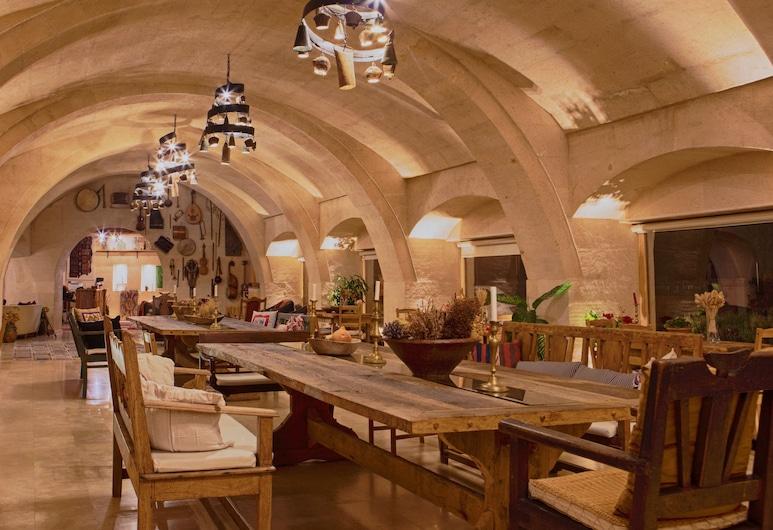 Kistar Cave Hotel, נבשהיר, לובי
