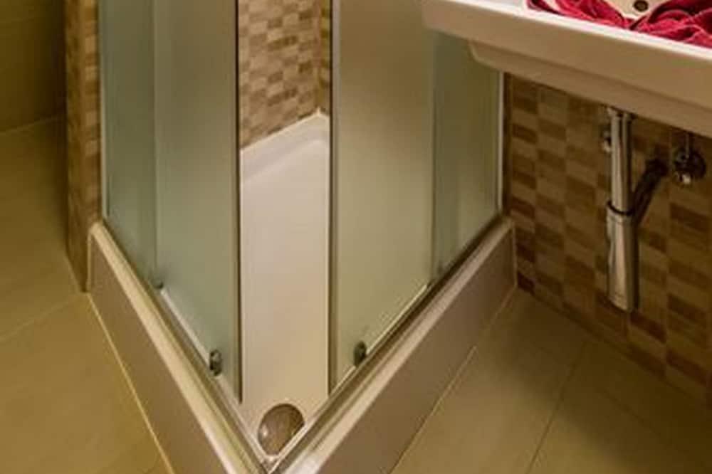 Apartmán typu Elite, 2 spálne - Kúpeľňa