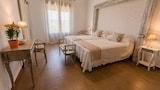 Reserve this hotel in Malpartida de Plasencia, Spain