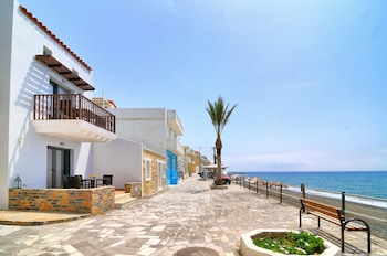 Picture of Myrtos Mare Suites in Ierapetra