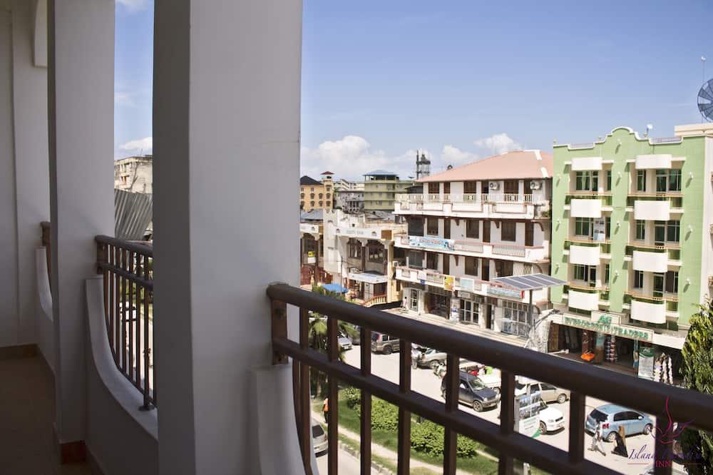 Вид з балкона