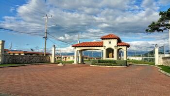 Picture of Sunrise Villa On The Beach in Portmore