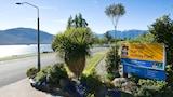 Choose This 3 Star Hotel In Te Anau
