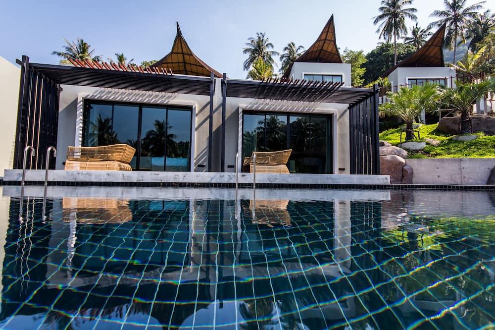 Two Bedrooms with Private Pool 8 Pax - Bilik Tamu
