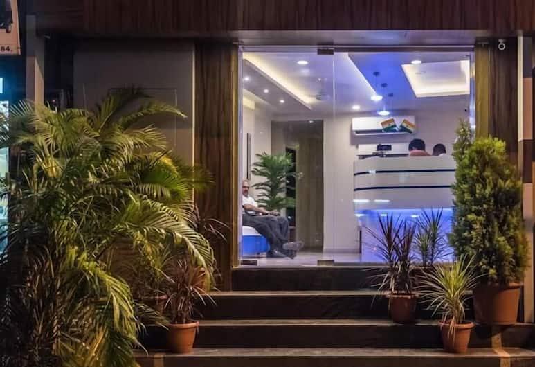 Hotel Atlas Grand, Bombay, Otel Girişi