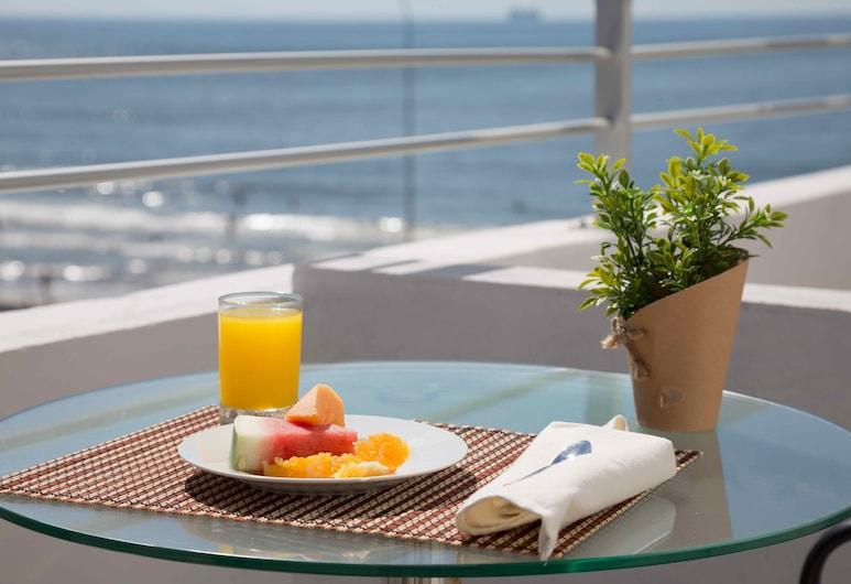 Sea View Boutique Hotel, פונטה דל אסטה, חדר סופריור זוגי, נוף לים, נוף מחדר האורחים