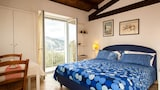 Choose This Cheap Hotel in Lavagna