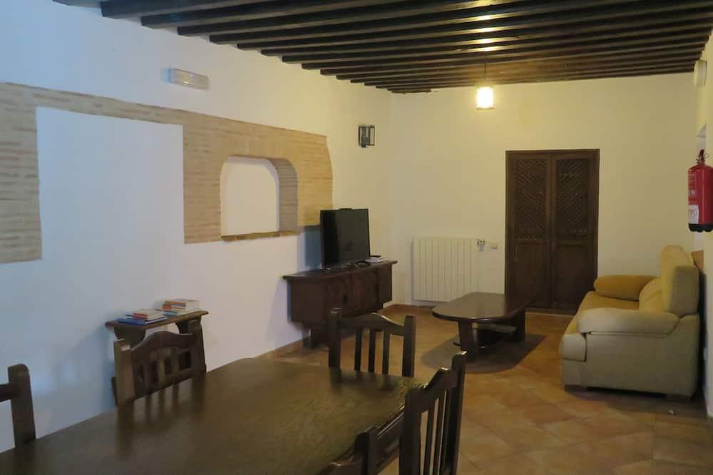 Family Deluxe - Dzīvojamā istaba