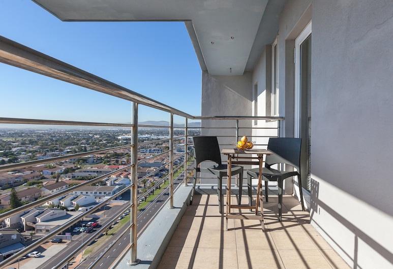 Horizon Bay 1206 by CTHA, Cape Town, Terrace/Patio