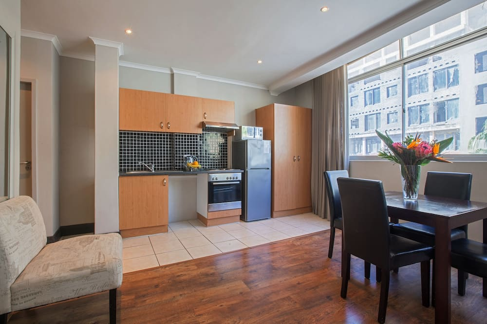 332 The Square  - In-Room Dining