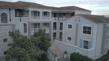 Picture of Bougain Villas Apartments in Cape Town