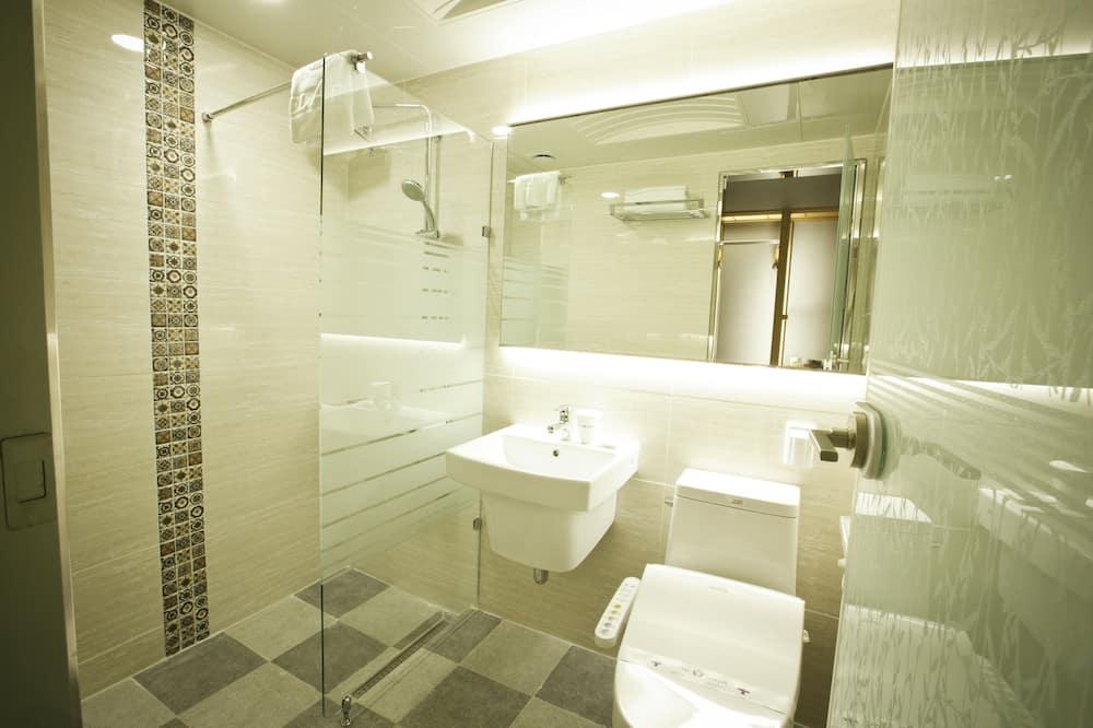 Family İki Ayrı Yataklı Oda - Banyo