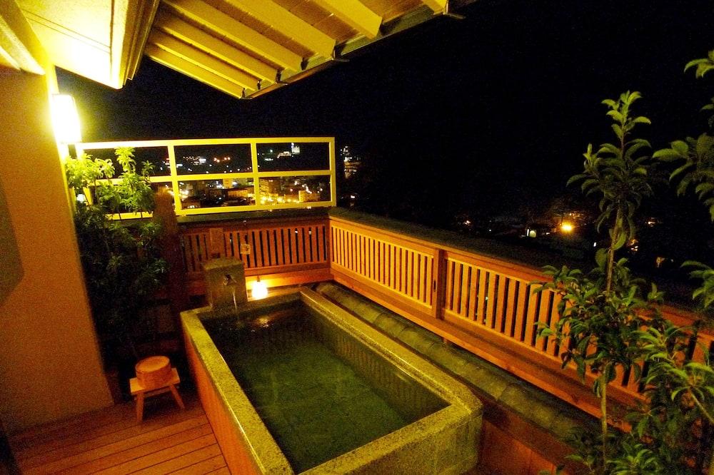 Suite (Japanese Western, Open Air Bath) - Baignoire profonde