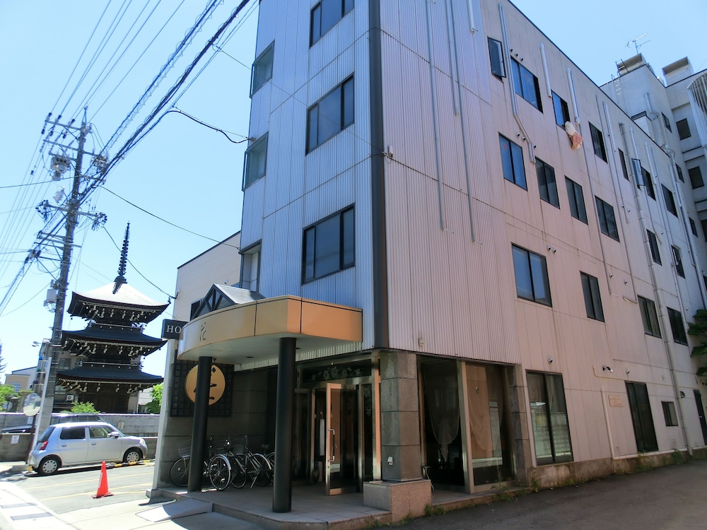 Hotel Hana Takayama