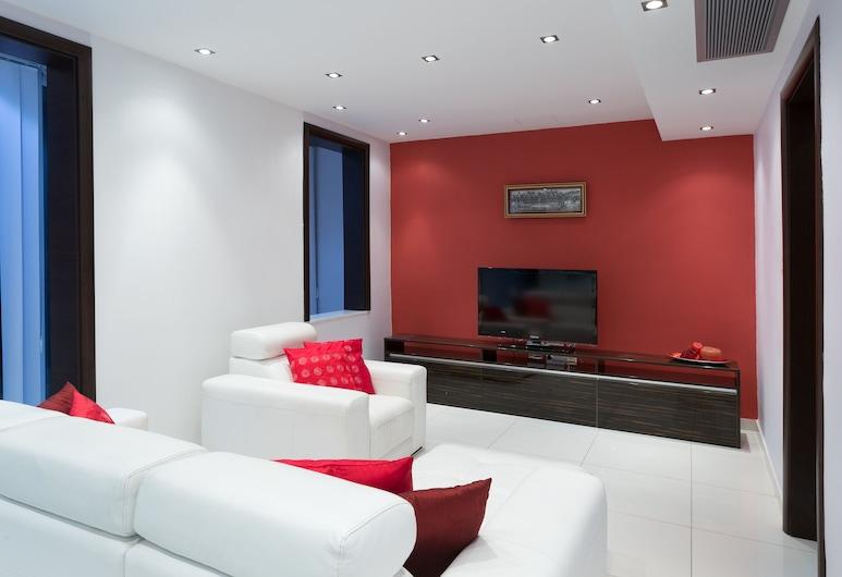 InStyle Aparthotel, St. Julian's, Deluxe Çatı Katı Süiti (Penthouse), 2 Yatak Odası, Teras (Red Apple), Oturma Odası