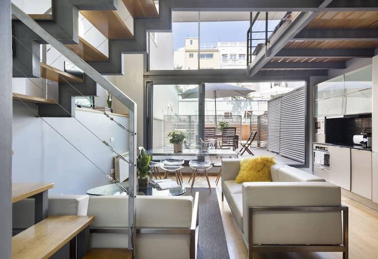 MSB Gracia Pool Terrace Center, Barcelona, Familien-Maisonette, 3Schlafzimmer, Terrasse, Erdgeschoss, Wohnbereich