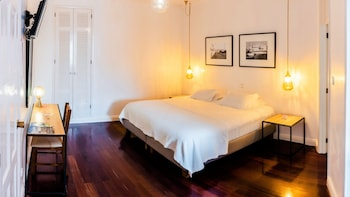 Picture of Comercial AZORES Guest House in Ponta Delgada