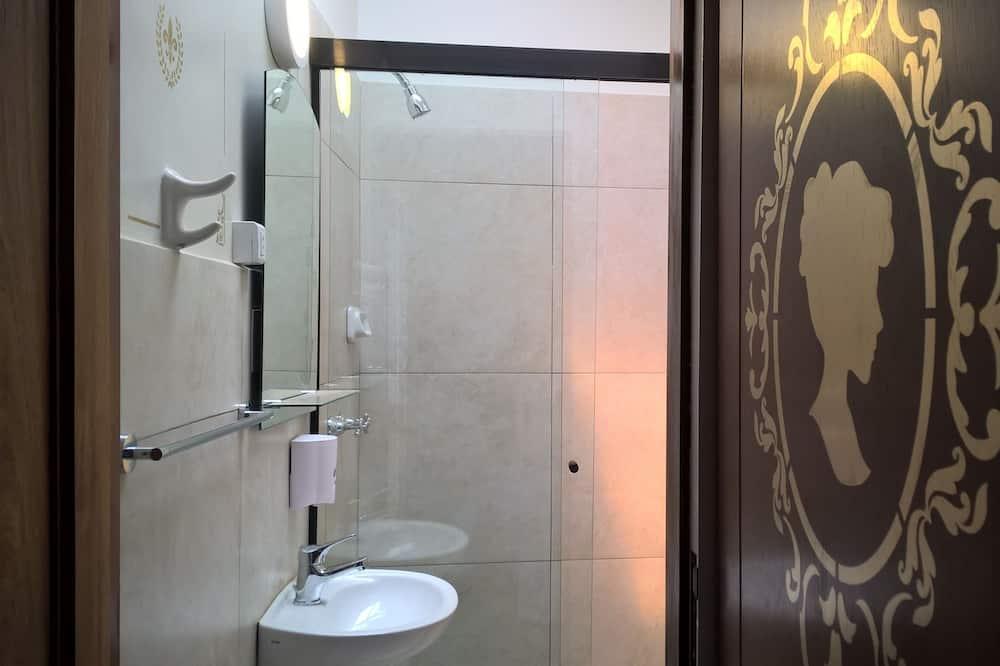 Superior Double Room, 1 Queen Bed, Balcony - Bathroom
