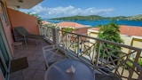 Choose This 3 Star Hotel In Culebra