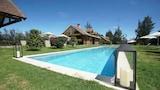 Hotel , Puembo