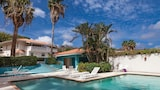 Choose this Villa in Willemstad - Online Room Reservations