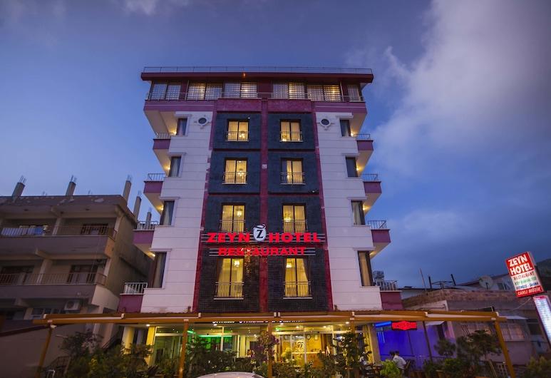 澤應飯店, 安塔克雅, 飯店入口 - 夜景