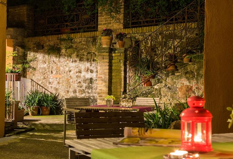 Santonofrio Apartments, Rom, Terrass