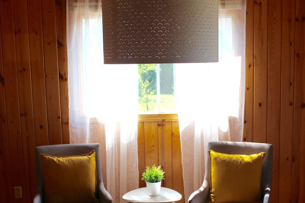 Kır Evi, 2 Yatak Odası, Nehir Manzaralı - Oturma Alanı