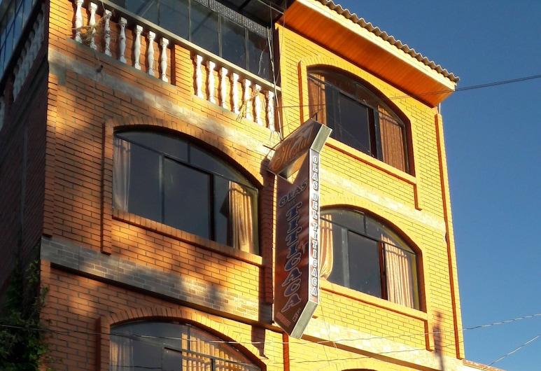 的的喀喀海浪青年旅舍, 科巴卡巴那, 酒店正面