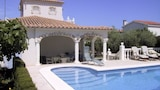 Choose this Villa in L'Ampolla - Online Room Reservations