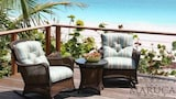 Choose this Villa in Dunmore Town - Online Room Reservations