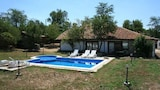 Nuotrauka: Luxurious villa with pool, Aksakovas