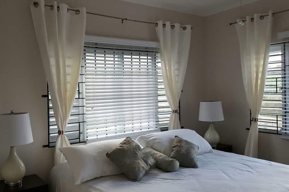 Luxury Apartment, 2 Bedrooms, Kitchen, Garden View - Room
