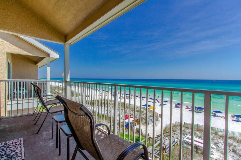 Crystal Villas Beach Resort by Panhandle Getaways in Destin - Hotels.com
