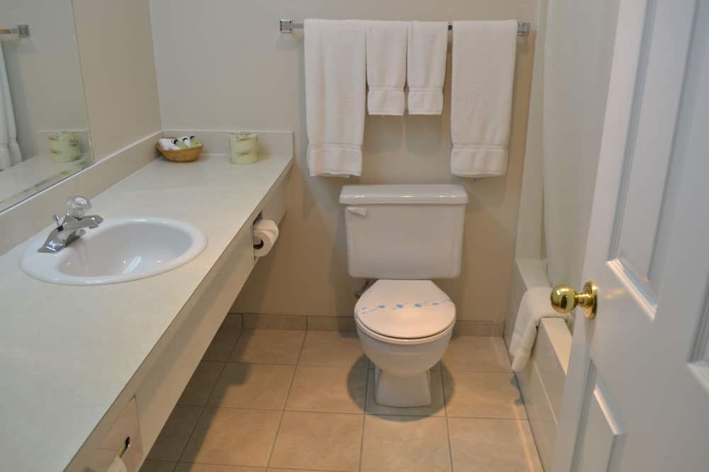 Izba, 1 veľké dvojlôžko, kuchynka - Kúpeľňa
