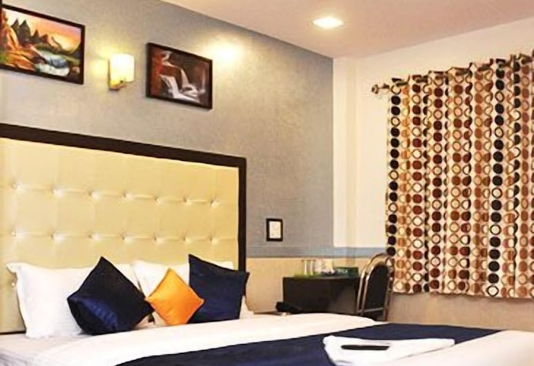 Hotel Aksa, Mumbai, Deluxe Double Room, 1 Bedroom, City View, Guest Room