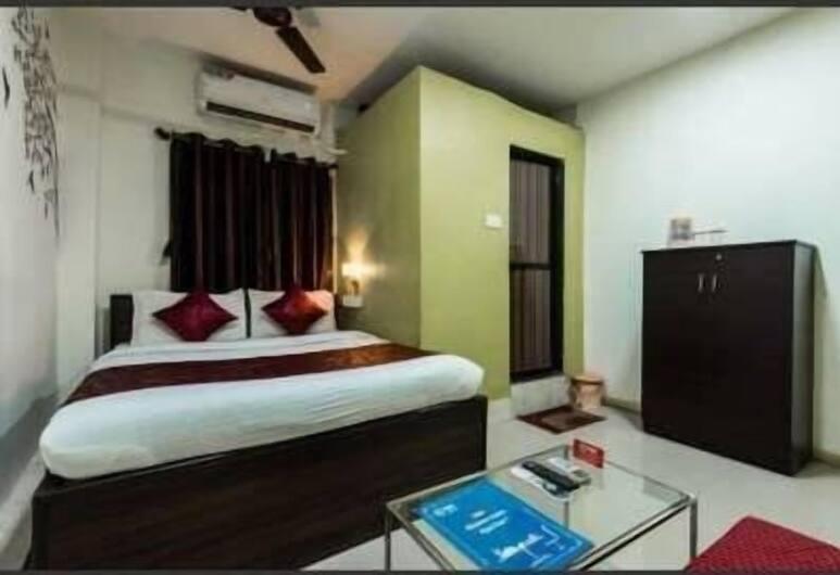 Hotel Saffron Inn, Mumbai, Deluxe Double Room, 1 Bedroom, Smoking, Guest Room