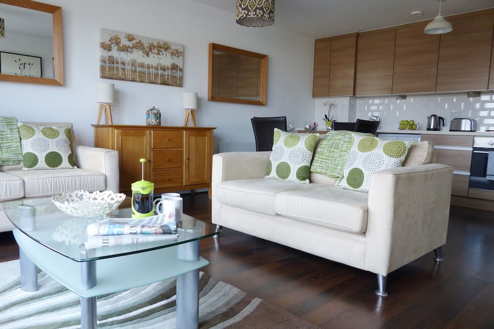 Appartement Luxe, 2 chambres, accessible aux personnes à mobilité réduite, vue ville (Downtown) - Salle de séjour