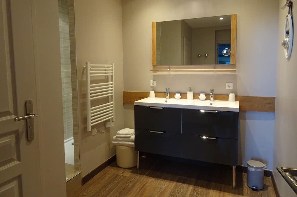 スーペリア ダブルルーム 専用バスルーム ガーデンビュー (Marquise Maintenon troglo) - バスルーム