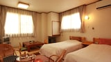 Choose This Cheap Hotel in Nozawaonsen