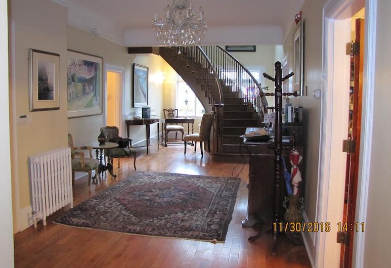 Monroe House Executive Suites, Saint-Jean de Terre-Neuve