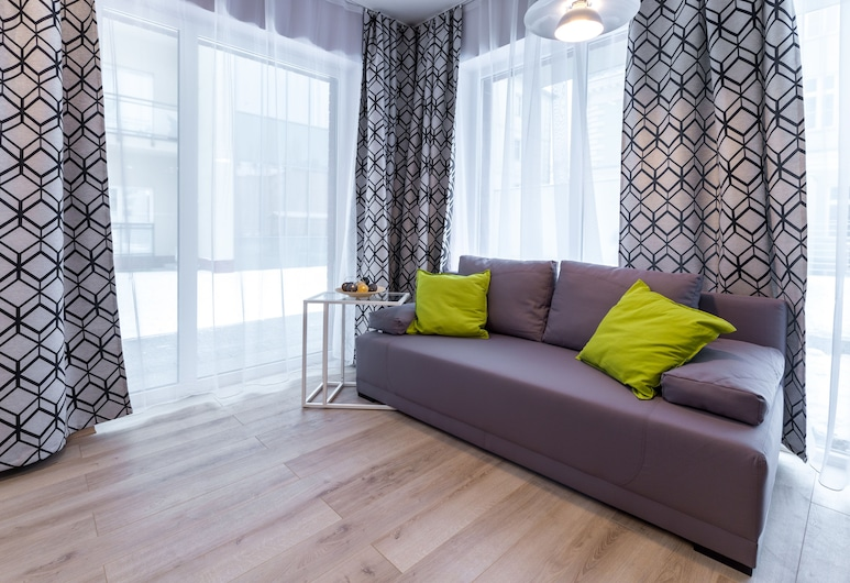 Friendhouse Apartments - Train Station Area, Krokuva, Elitinės klasės studija, 1 didelė dvigulė lova ir 1 sofa-lova, Svetainės zona