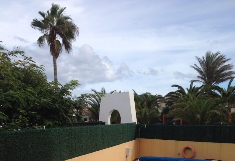 International Surf School & Camp - Hostel, La Oliva, Açık Yüzme Havuzu