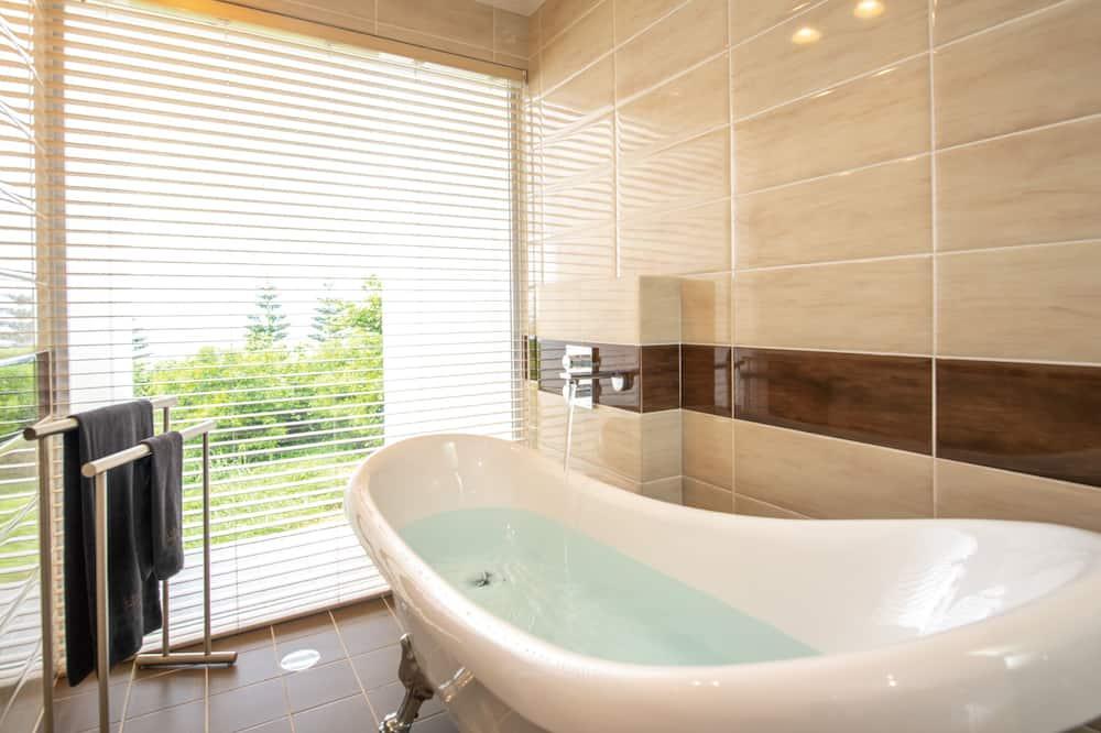 Luxury Condo, Multiple Bedrooms, Jetted Tub (Cloud) - Bathroom
