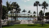 Choose This 3 Star Hotel In Marco Island