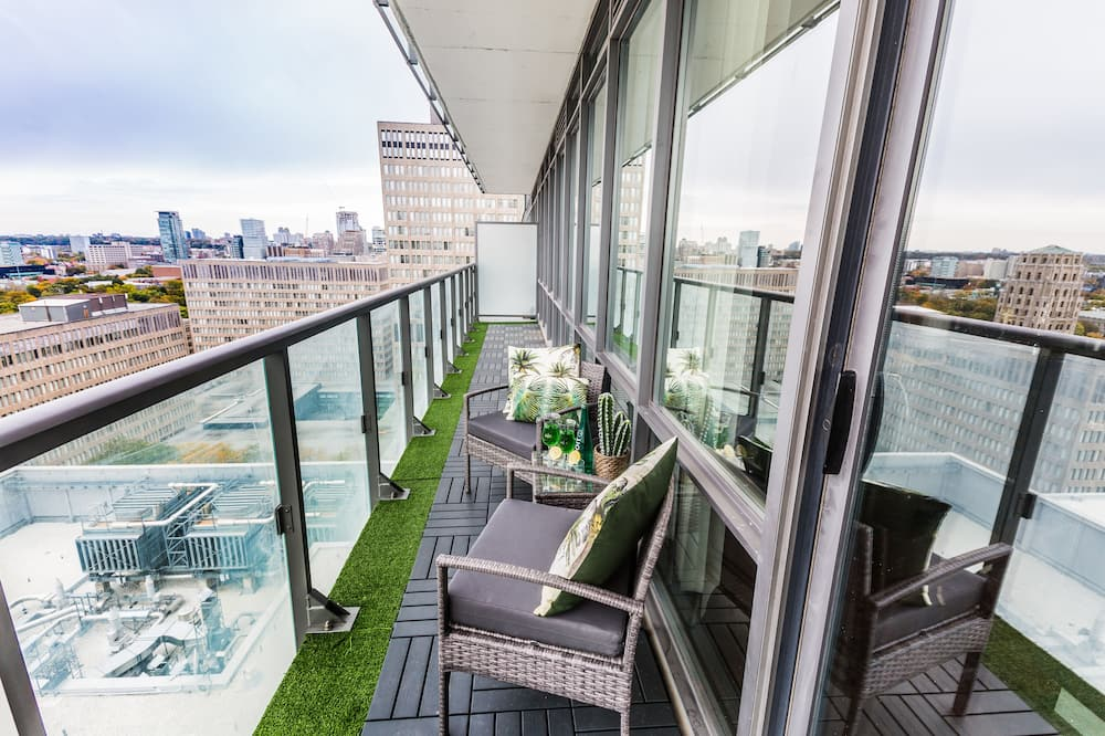 Premium Condo, 3 Bedrooms, Balcony, City View - Balcony